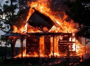 incendio-casa-prison-texas
