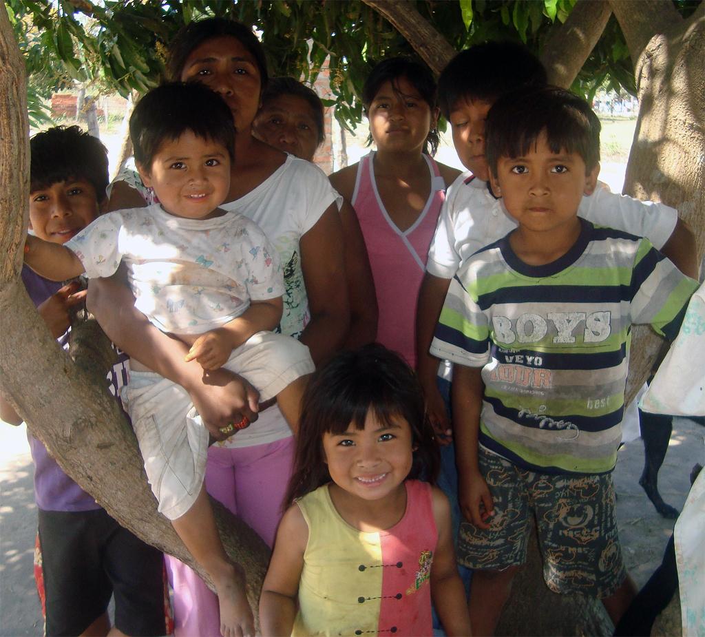 Donación de fondos para casas quemadas en batavia